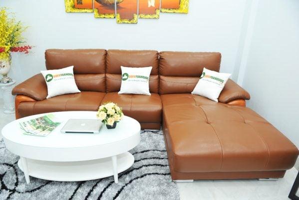 Màu sắc đẹp và sang trọng khi có thể xuất hiện trong phòng khách hiện đại hoặc cổ điển đều được