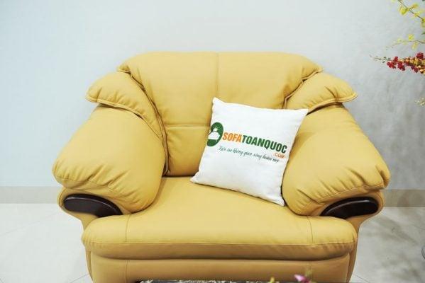 Ghế sofa đơn đi kèm di chuyển dễ dàng hơn