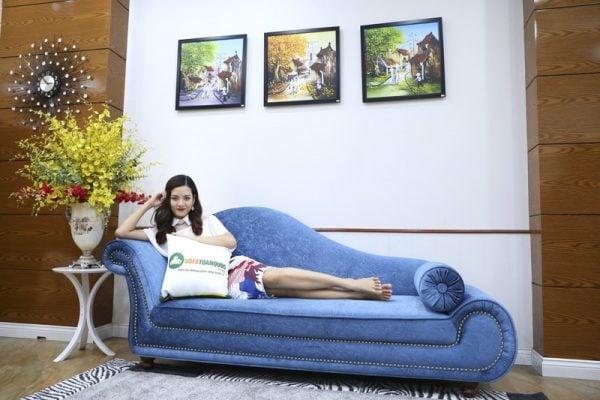 Đọc sách hoặc xem tivi dễ dàng với mẫu ghế sofa đẹp và sang trọng này
