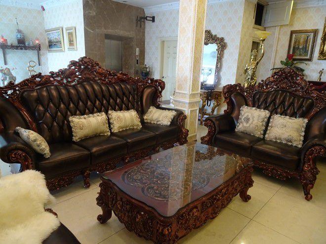 mẫu ghế sofa cá chép bọc da phong cách tân cổ điển