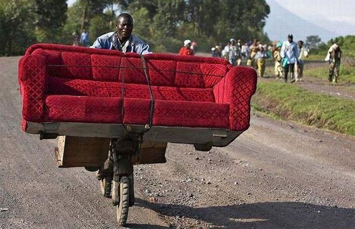 vận chuyển ghế sofa an toàn bằng xe đạp