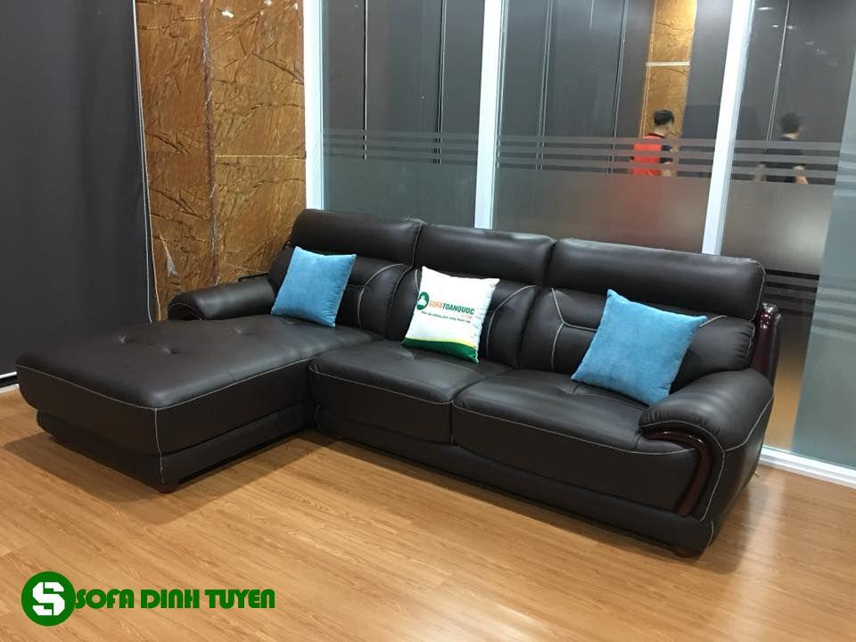 Bộ sofa góc trái màu đen chất liệu da với độ bền cao. Gam màu nâu cafe đen tinh tế sang trọng.