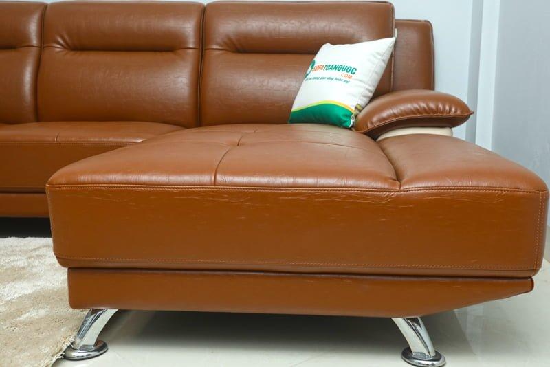 Chân ghế sofa inox chắc chắn cho người sử dụng luôn an tâm.