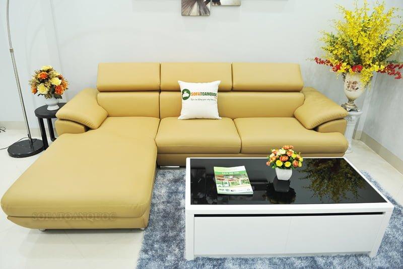 ghế sofa màu vàng kem sang trọng cho phòng khách