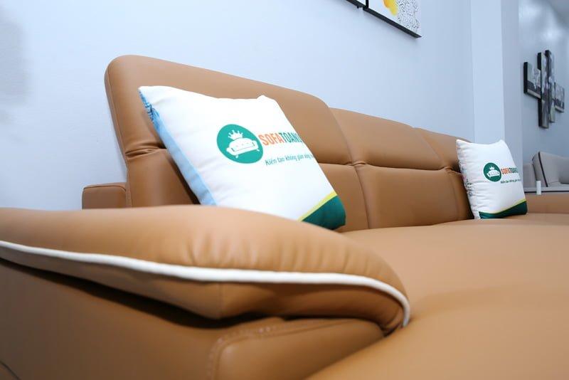 Phần tựa lưng gật gù có thể nâng đỡ đầu cổ khách hàng dễ dàng. Giúp giảm thiểu đau nhức.