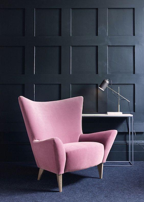 ghế sofa màu hồng dạng đơn dùng đọc sách