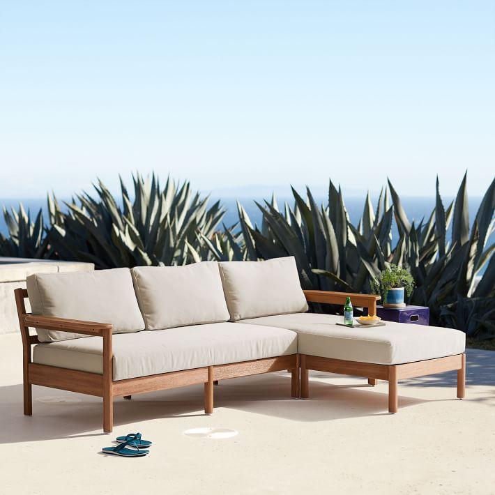 Ghế sofa góc dạng 3 chỗ tiện dụng dùng đa không gian.