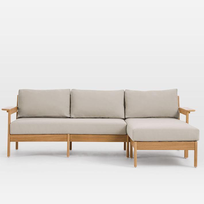 Bộ ghế sofa gỗ đệm có thể dùng quanh năm mà không sợ thời tiết nóng lạnh.