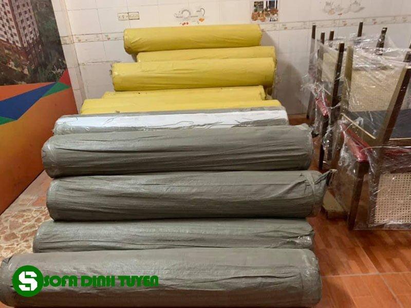 kho mẫu vải da tại Sofa Đình Tuyến