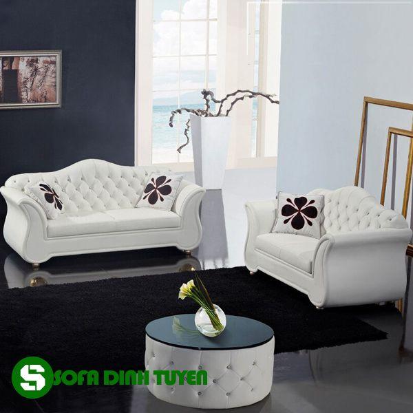 Sử dụng chất liệu da bọc có độ bền cao khi dùng cho bộ sofa hoàng gia