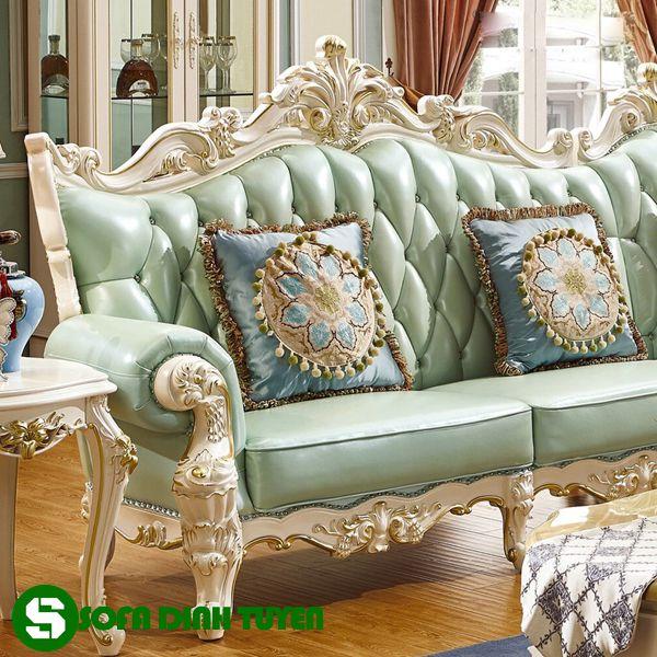 Sofa hoàng gia có chất liệu da bọc cao cấp độ bền cao khi sử dụng.