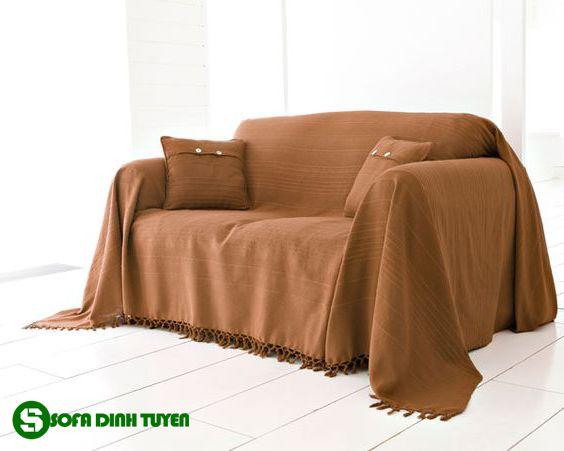 chăn phủ ghế sofa màu nâu